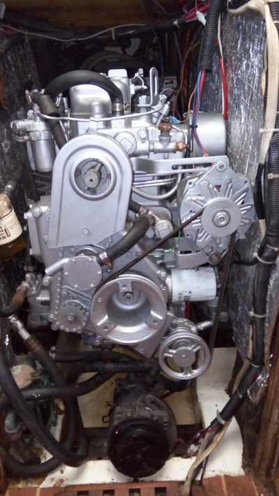 Well maintained and very clean Yanmar 3QM30 Power Plant