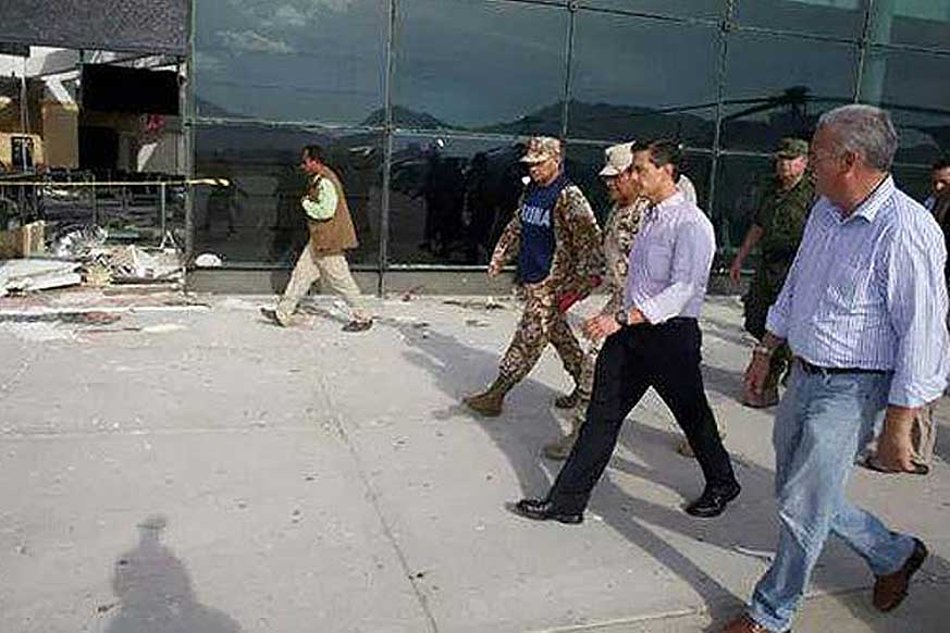 The President of Mexico, Enrique Peña Nieto, toured the damaged areas following t