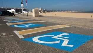 Beachside Handicapped Parking - The fine is $7000 pesos and your US sticker doesn't count
