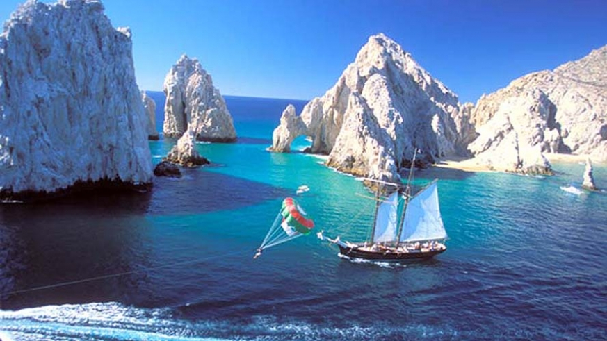 Land's End in Cabo San Lucas and the fleet tour boats