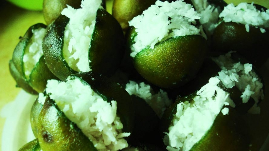 Mexican Recipe for Coconut Stuffed Limes