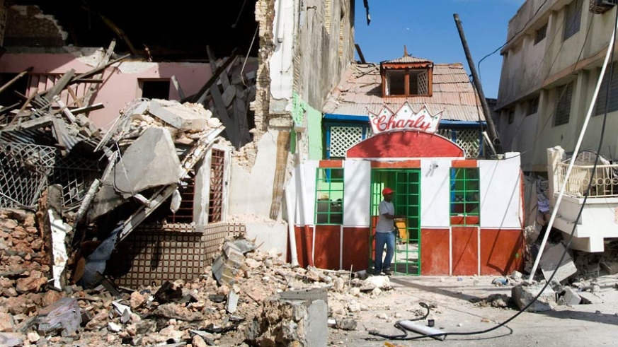 There are places on the Baja peninsula that experience minor earthquakes several times per week