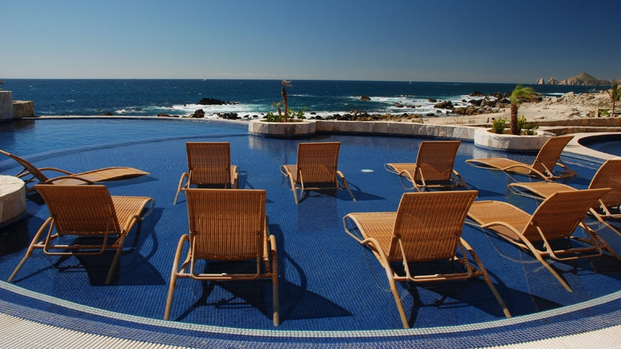 Relax by the horizonless pool